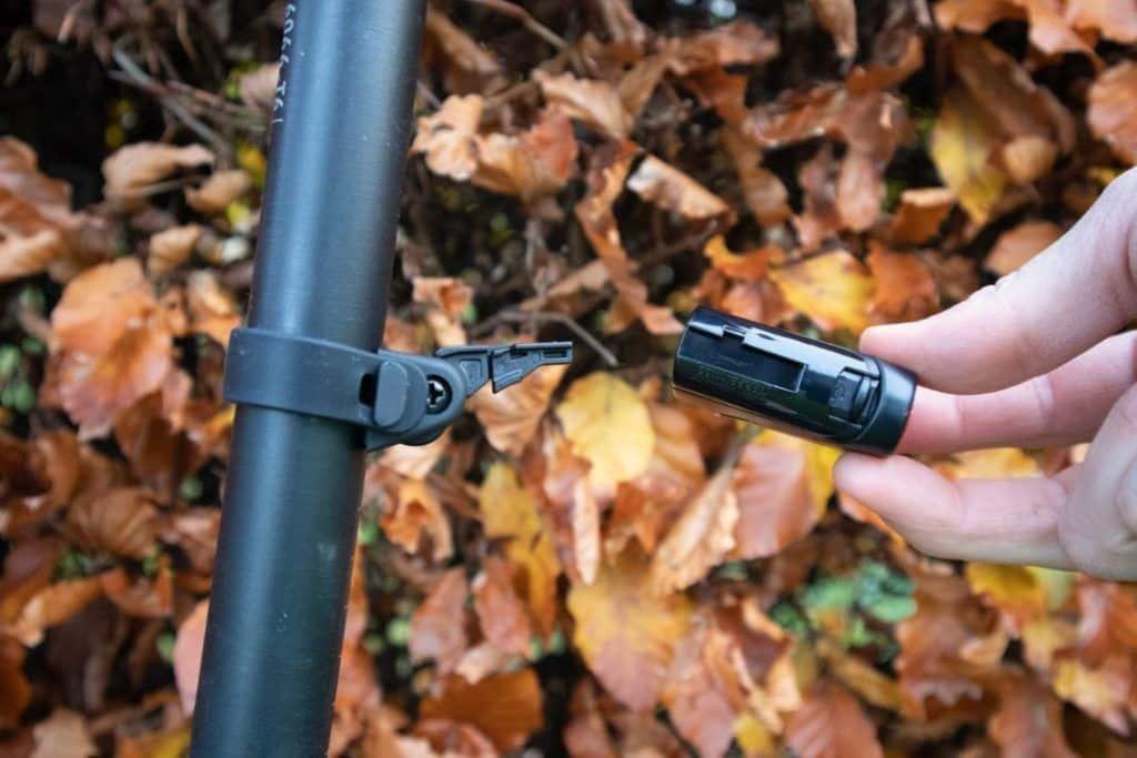 Trelock LS 720 Reego Test Montage Fahrrad Rücklicht
