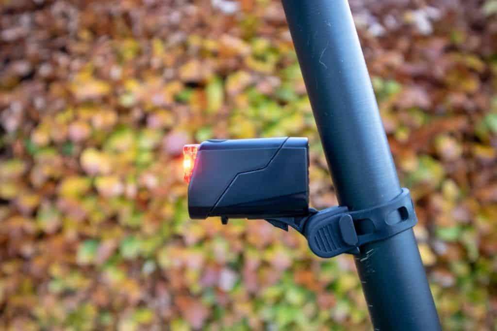 Trelock LS 720 Reego Test montiertes Rücklicht