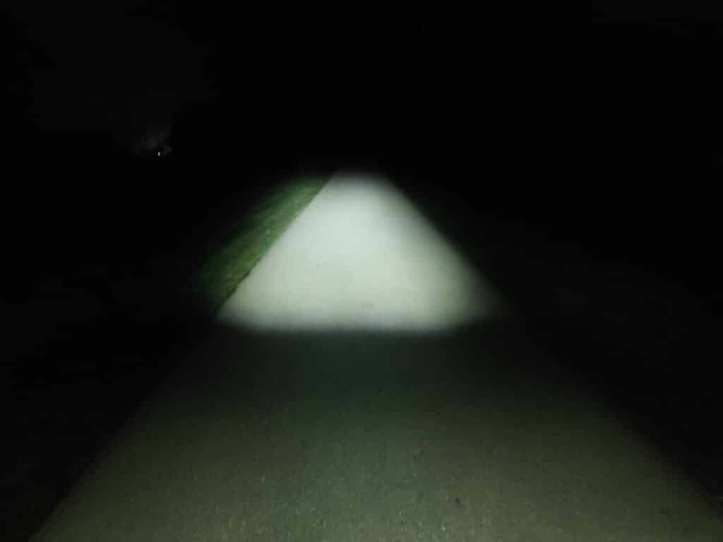 FISCHER LED Fahrradbeleuchtung Test Lichtkegel