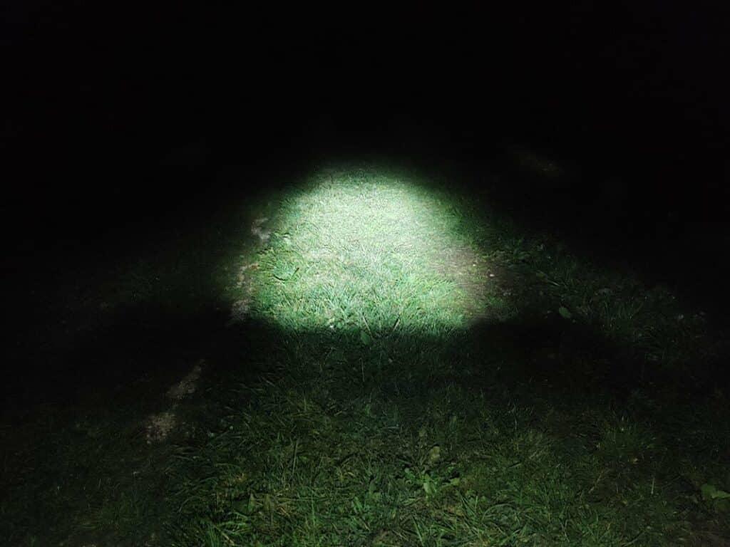 FISCHER LED Fahrradlampe Test Lichtkegel