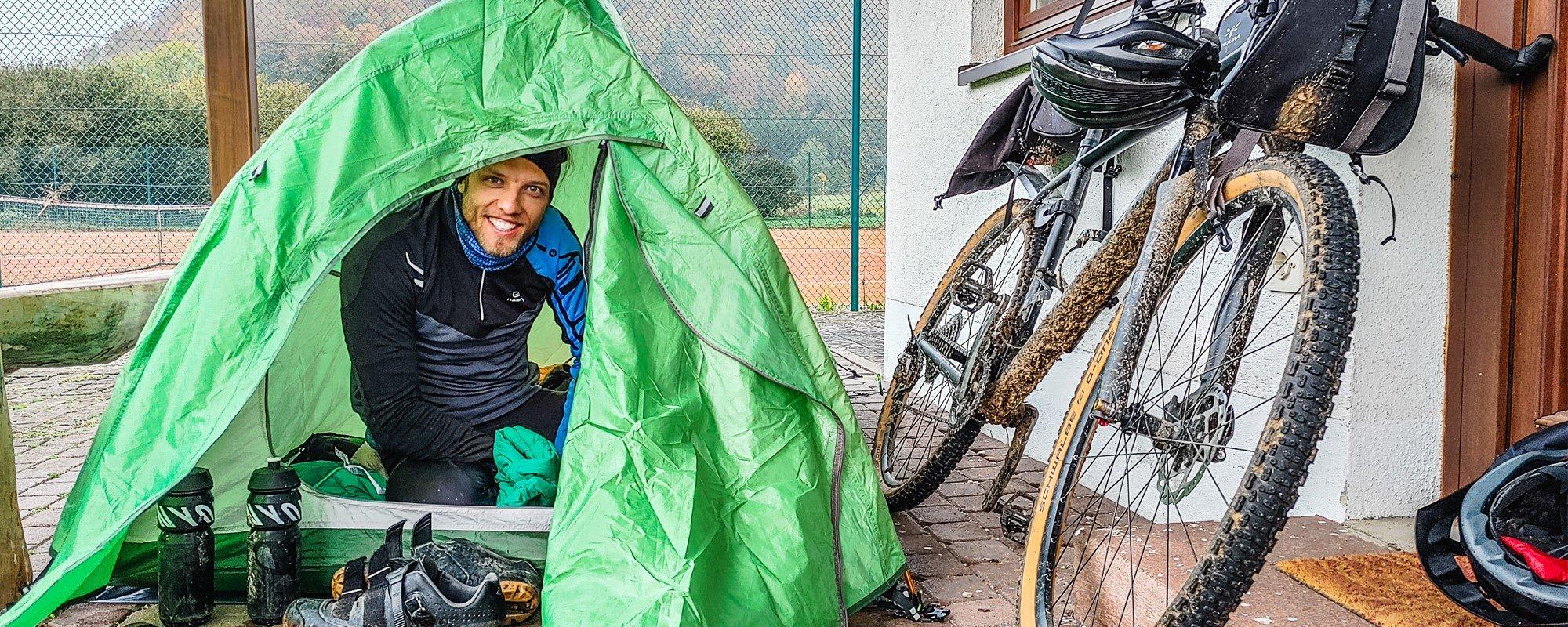 Ausrüstung für den Bikepacking Overnighter - Eine Nacht draußen Schlafen
