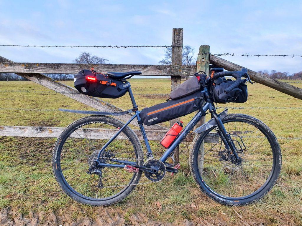bikepacking overnighter minimalistische packliste