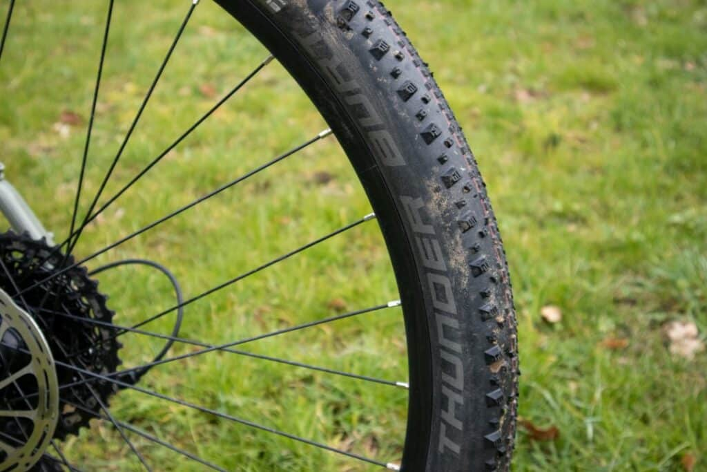 decathlon riverside touring 920 reifen schwalbe thunder burt 3