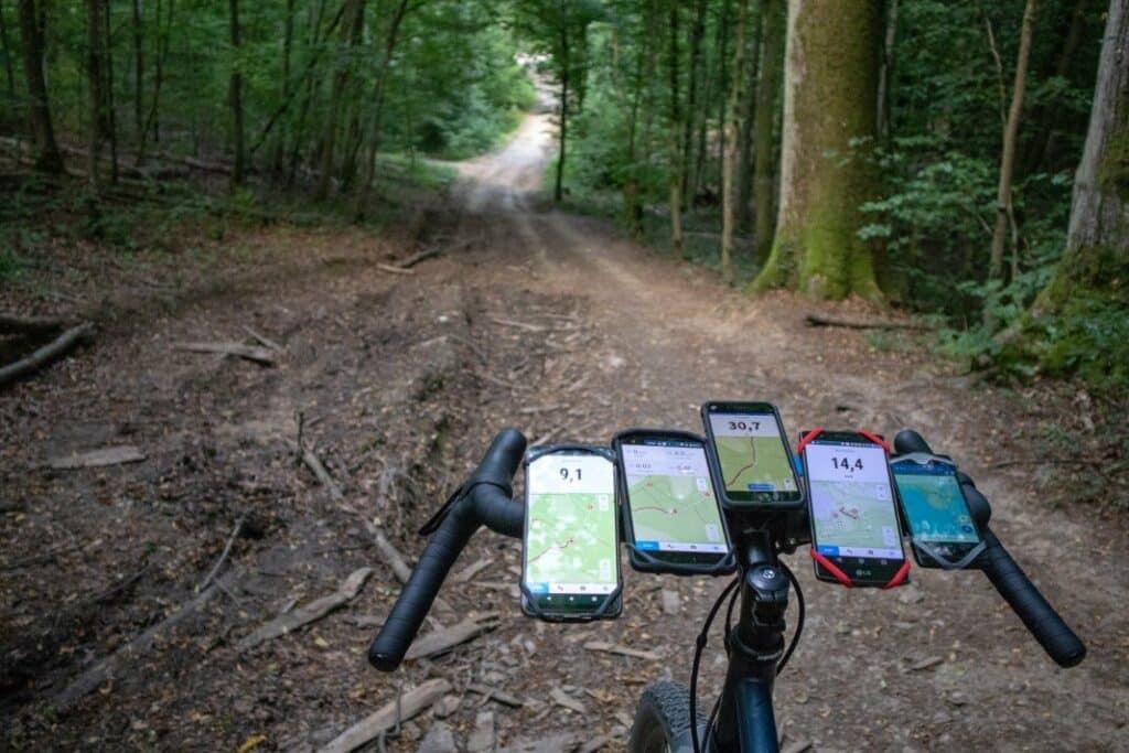 fahrrad handyhalterung test smartphones wald
