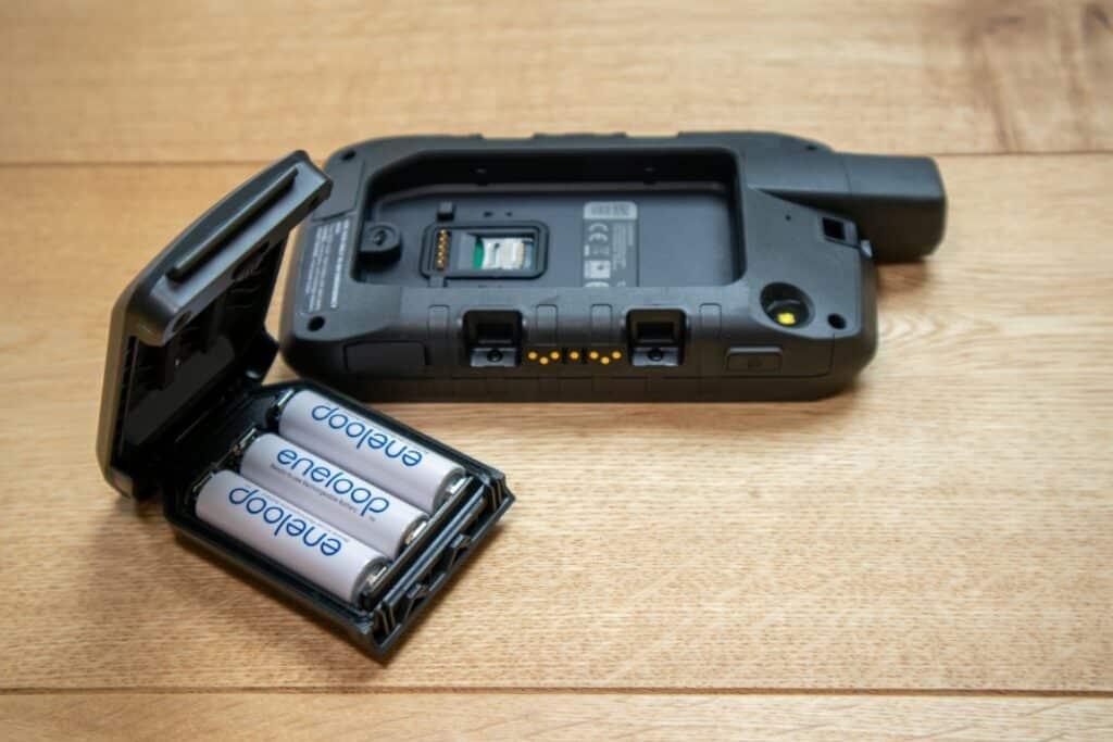 garmin montana 700 aa battery pack